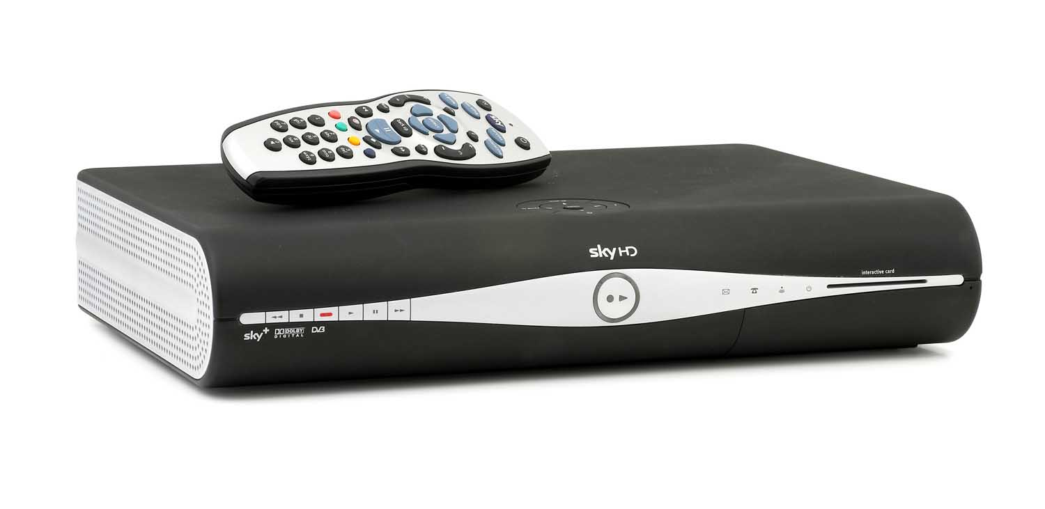SKY + HD 500GB WITH CARD